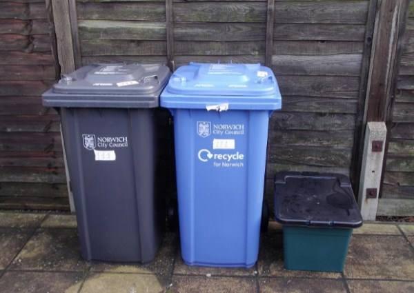 контейнеры для мусора в частном секторе