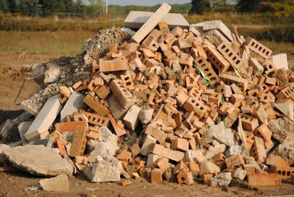 строительный мусор - бой кирпича